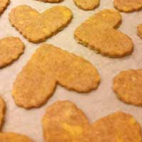 Cheddar Chews Dog Treats - Heart Shaped