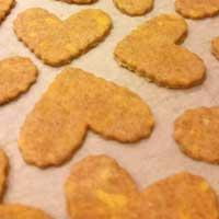 Cheddar Chews Dog Treats - Heart Shaped