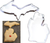 Michigan Shape Cookie Cutter with Upper Peninsula and Lower Peninsula
