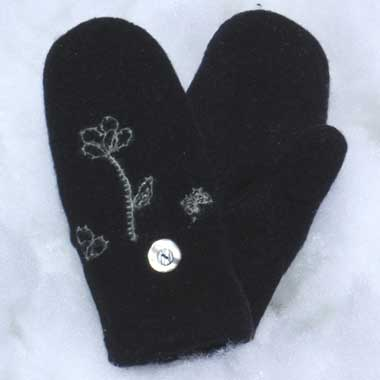 Recycled Wool Mittens – Black With Floral Design