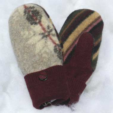 Recycled Wool Mittens – Grey With Floral Design