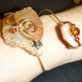 Wire Wrist Art in Polished Golden Brown Obscure Glass