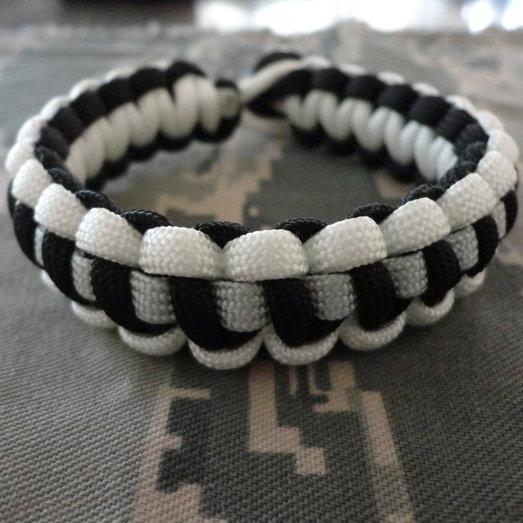 Parachute Cord Bracelet With 1 Stripe Paracord Bracelets