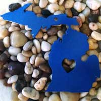 Metal Open Heart Michigan Ornament - Blue