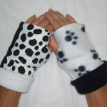 Ladies Puppy Paw/Dalmatian Reversible Fingerless Gloves by Turtle Gloves®