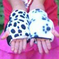 Puppy Paw/Dalmatian Reversible Fingerless Gloves