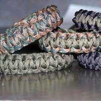 Reversible Paracord Bracelets